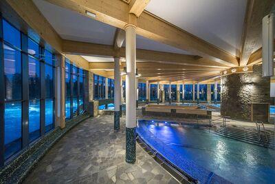 Chochołowskie Termy basen w środku